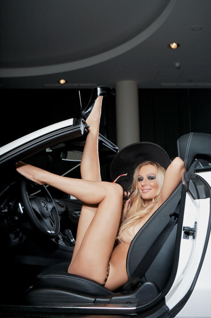 Секс девушке актрисе 21 фотография