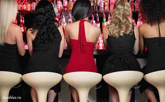 красивые девушки в баре фото