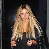 Ким Кардашьян снова стала блондинкой