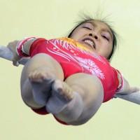 Японские гимнастки в тренажерном зале (видео)